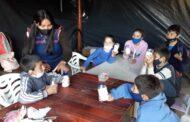 El programa de apoyo escolar del Becario continuó con las clases durante el receso invernal