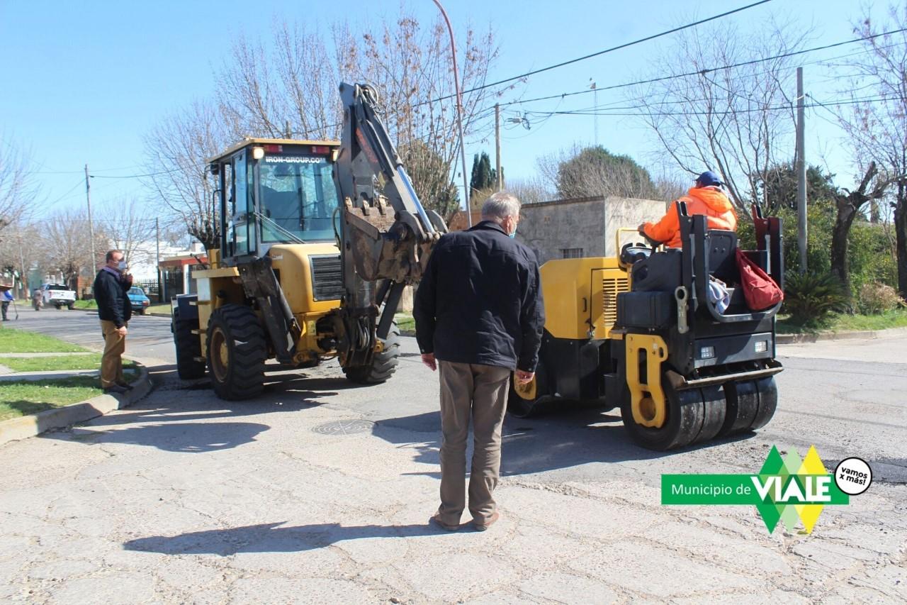 Viale : El municipio realiza tareas de mantenimiento en la trama vial