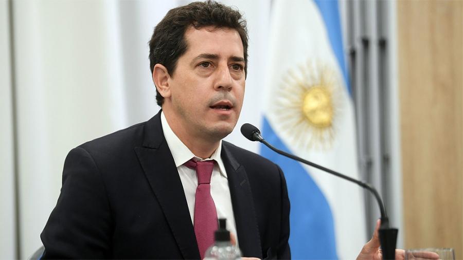 """De Pedro recordó las medidas de cuidado y aseguró que """"yendo a votar se cuida la democracia"""""""