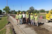 PUEBLO BRUGO : AVANZA LA OBRA DE CONSTRUCCIÓN DE 2000 METROS DE VEREDAS